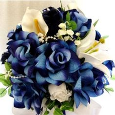 Love the blue flowers (which I imagine are probably dyed).