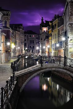 Venedig, Italien – Rachel B – Join the world of pin Places To Travel, Places To See, Places Around The World, Around The Worlds, Beautiful World, Beautiful Places, Places In Italy, Belle Photo, Italy Travel