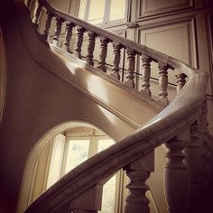 Amazing marble stairs #chateau #pastré #marble #marbre #marseille - @math69 | Webstagram