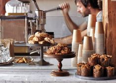Best Coffee Bar Desserts in America baked goods on platters on cafe tables upon installation Cafe Deli, Bakery Cafe, Best Coffee Shop, Coffee Shops, Dessert Bars, Café Bistro, Café Restaurant, Chocolate Caliente, Cafe Tables