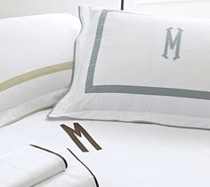 Morgan 400-Thread-Count Applique Duvet Cover & Sham Aqua color is beautiful