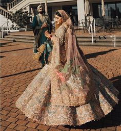"""""""Asian Bridal outfits are the one 😍"""" Wedding Lehenga Designs, Wedding Lehnga, Desi Wedding Dresses, Asian Bridal Dresses, Asian Wedding Dress, Designer Bridal Lehenga, Indian Bridal Outfits, Indian Bridal Fashion, Indian Bridal Wear"""