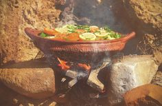 I don& know anyone who doesn& love a great outdoor barbecue. There& something about the amazing smoky smell, the fresh veggies, and a hot afternoon in the sun that just screams summer. Cooking With Kids, Cooking Tips, Ras El Hanout, Cooking Equipment, Vegetarian Cooking, C'est Bon, The Fresh, No Cook Meals, Veggies