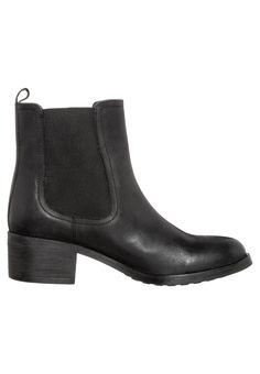 zign heeled chelsea boots (x)