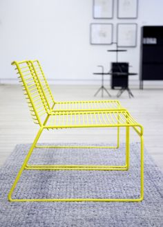 A Contemporary Design Classic with an Airy Metal Structure Resembling a Three-Dimensional Line Drawing - Hay Hee Lounge Chair Design by Hee Welling