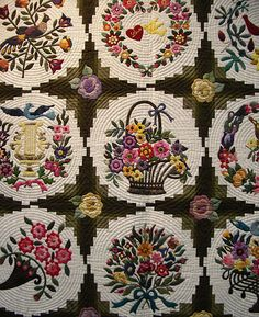 Beautiful quilting, appliqué, and setting!