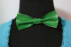 Although this dressy accessory may appear to be a complicated challenge, creating a duct tape bow tie is quite easy and should only take approximately 15 minutes to accomplish. Have your favorite duct tape color(s) selected ahead of time...