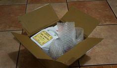 Все упаковано в герметичные пакетики, то что может повредиться - упаковано в пупырышистую пленку.