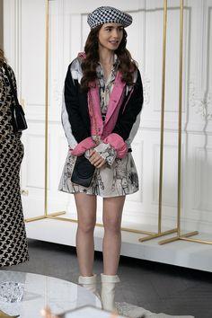 Fashion Tv, Fashion Week, Star Fashion, Paris Fashion, Fashion Looks, Fashion Outfits, Dress Outfits, Style Lily Collins, Tv Mode