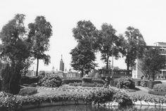 Rotterdam - Westzeedijk, ter hoogte van het Koningin Emmaplein. . 1938