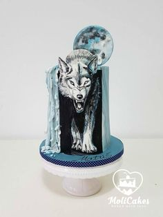 Wolf by MOLI Cakes