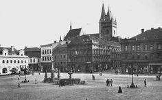 Karlovo namesti 1910 Vlevo Hotel Modra hvezda,prestavba od arch. Cenka Kricky,puvodne stredoveky mestansky dum.