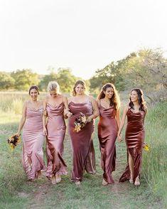 Dusty Rose Bridesmaid Dresses, Dusty Rose Dress, Dusty Rose Wedding, Bridesmaid Dress Colors, Wedding Bridesmaids, Bridesmaid Inspiration, Wedding Inspiration, Fall Wedding Dresses, Wedding Attire