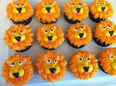 Lion Cupcakes-must learn how to make these!