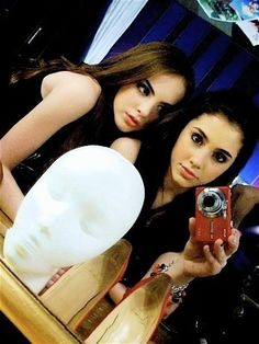 Ariana Grande Rare | Ariana Grande and Elizabeth Gillies | Flickr - Photo Sharing!