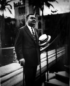 John Ringling (1866-1936) McGregor, Iowa.  The most well-known of the seven Ringling Brothers, five of whom created the Ringling Brothers Circus, and helped shape the circus into what it is today.