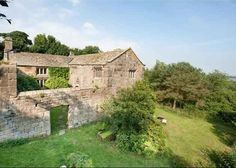 Century - Padside Hall - North Yorkshire, England--Not the prettiest but think of all the HISTORY here! AND its in England. Cant beat that. Yorkshire England, North Yorkshire, Old House Dreams, 15th Century, Amazing Architecture, Old Houses, Castle, Cottage, History