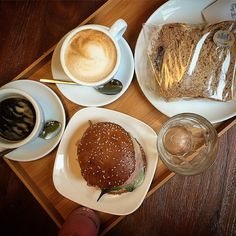 Breakfast at Praktik Bakery. #coffeetime #Barcelona #praktikbakery #Spain (at Hotel Praktik Bakery)