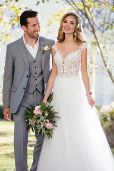 6490 Romantic Beach Wedding Gown by Stella York. Laidback, casual and oh-so-chic, this beach wedding dress from Stella York was made for your oceanside celebration!