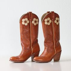 Vintage Cowboy Boots  Women's Daisy Flower Inlay by bellalulu, $110.00