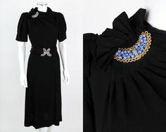 VTG 1930s BLACK CREPE SHORT SLEEVE DRESS GLASS BEAD EMBELLISHMENT BELT SZ M