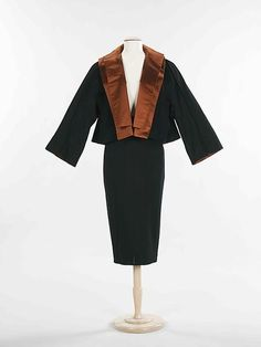 Charles James (American, born Great Britain, 1906–1978), Dinner suit, 1948–50, wool, silk. Brooklyn Museum Costume Collection at The Metropolitan Museum of Art, Gift of the Brooklyn Museum, 2009; Gift of Muriel Bultman Francis, 1966.