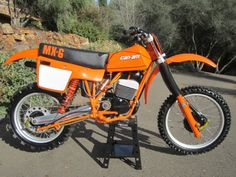 CanAm 1981 Restored Classic Motorcycles at Bikes Restored Bikes Restored Enduro Vintage, Vintage Motocross, Vintage Bikes, Vintage Motorcycles, Moto Enduro, Enduro Motorcycle, Racing Motorcycles, Scrambler, Tracker Motorcycle
