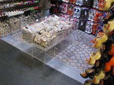 Best project in beeld transparante gietvloer winkel damrak