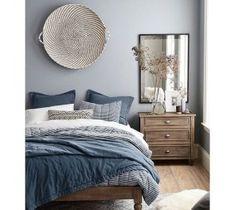home decor bedroom wall decor Blue Bedroom, Bedroom Colors, Home Decor Bedroom, Modern Bedroom, Bedroom Furniture, Bedroom Ideas, Master Bedroom, Bedroom Designs, Contemporary Bedroom