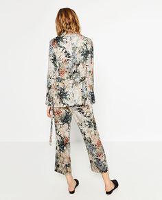 ZARA - SALE - FLORAL PRINTED BLAZER Floral Blazer, Printed Blazer, Zara Women, Get Dressed, What To Wear, Floral Prints, Dress Up, Jumpsuit, Street Style