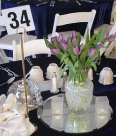 Volunteers on the school auction centerpiece committee were tasked with creating these simple arrangements.   #AuctionCenterpieceIdeas