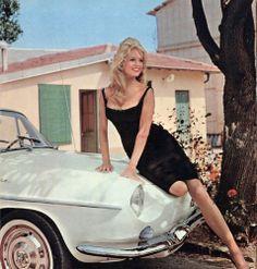 #BrigitteBardot and #Renault - #RenaultFloride - #Floride 1961