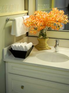 Bathroom Ideas For College Apartments Ideas - Yellow decorative towels for small bathroom ideas