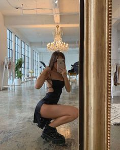 Find images and videos about girl, style and summer on We Heart It - the app to get lost in what you love. Mode Outfits, Trendy Outfits, Summer Outfits, Fashion Outfits, Grunge School Outfits, Dress Fashion, Black Dress Outfits, Woman Outfits, Fashion Tips