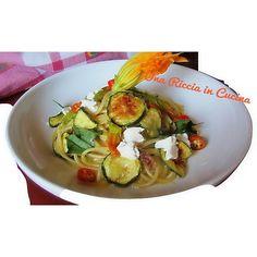 Spaghetti con chips di zucchine e fiori!...sul mio blog!