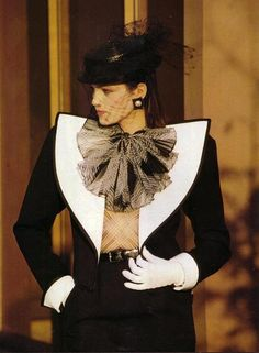 YSL 1980- is it part of the Picasso collection ? LOVE the jacket