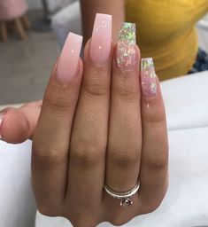 In look for some nail designs and some ideas for your nails? Listed here is our set of must-try coffin acrylic nails for trendy women. Square Acrylic Nails, Summer Acrylic Nails, Best Acrylic Nails, White Acrylic Nails With Glitter, Holographic Nails Acrylic, Nail Pink, Spring Nails, Glitter Nails, Summer Nails