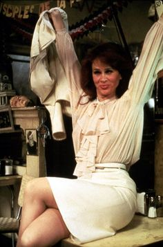 Karen Black in Come Back to the Five and Dime, Jimmy Dean Jimmy Dean Karen Black, Bette Davis Eyes, Jimmy Dean, Independent Films, Ny Times, American Actress, Good Movies, Comebacks, Glamour