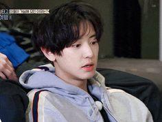 A compilation of BLACKEXO one shots! (these are stories that last onl… Kaisoo, Chanbaek, Exo Kokobop, Park Chanyeol Exo, Baekhyun, Blackpink Fashion, Xiu Min, Bts And Exo, Cute Gif