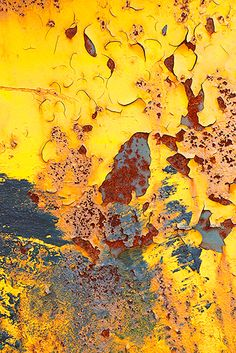 Rust and peeling paint by Alyssha Eve Csuk Abstract Photography, Fine Art Photography, Macro Fotografie, Art Grunge, Peeling Paint, Rusty Metal, Mellow Yellow, Texture Painting, Belle Photo