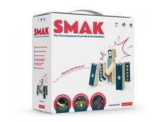 SMAK - outdoorová hra. SMAK je moderní outdoorová hra ze Švýcarska, pro všechny věkové kategorie a téměř všechny povrchy, která vyhází z her Kubb a Mölkky. Stačí vytvořit týmy, postavit věže, házet kolíky, abyste věže shodili, rušit hody soupeře a získávat více bodů, abyste vyhráli. Throwing Games, Fantasy, Outdoor, Products, Gaming, Gifts, Children, Woodwind Instrument, Outdoors