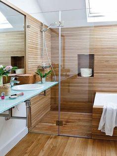 Ducha y bañera de madera