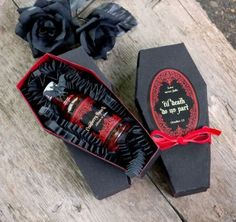 31 Awesome Halloween Wedding Favors | Weddingomania