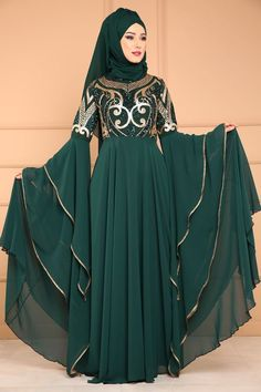 ** NEW ITEM ** Grips Embroidered Chiffon Evening Dress Emerald . Indian Fashion Dresses, Modest Fashion Hijab, Indian Gowns Dresses, Abaya Fashion, Hijab Evening Dress, Chiffon Evening Dresses, Chiffon Dress, Stylish Dress Designs, Stylish Dresses