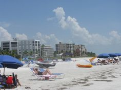 Visiting Fort Myers Beach, Florida offers plentiful opportunities for sun and fun.  There are many things to do in the Fort Myers Beach area both on and off of the beach.