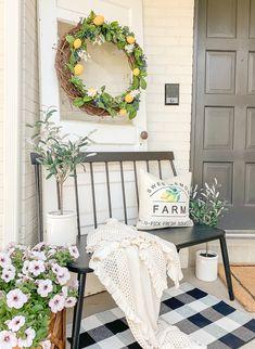 Lemon Inspired Farmhouse Porch for Summer!