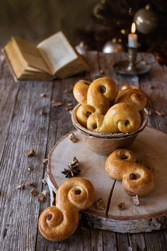 Santa Lucia, St Lucia Day, Winter Food, Holiday Baking, Food Photo, Biscuits, December, Food And Drink, Healthy