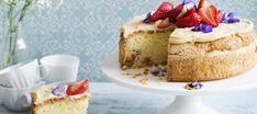Kuorrutettu raparperipiirakka   Makeat leivonnaiset   Reseptit – K-Ruoka Cheesecake, Gluten Free, Desserts, Food, Glutenfree, Tailgate Desserts, Deserts, Cheesecakes, Essen