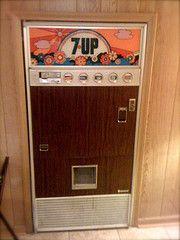 "Vintage soda vending machine with ""psychedelic"" logo Vintage Decor, Retro Vintage, Vintage Items, Antique Items, 1970s Childhood, Childhood Memories, Soda Vending Machine, Vending Machines, Soda Machines"