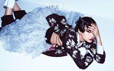 Kim Won Kyung by Yoo Young Gyu for Vogue Korea Jan 2017